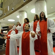 Notte imbiancata e gospel flash mob